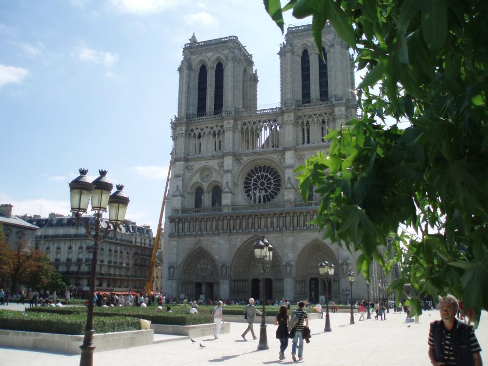 Platz 55: Notre Dame, Paris