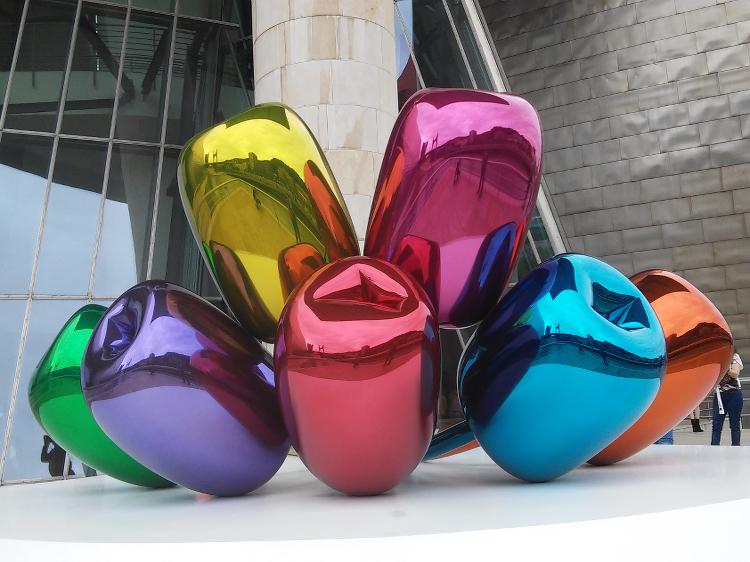 """Die sogenannten """"Tulpen"""" von Jeff Koons"""