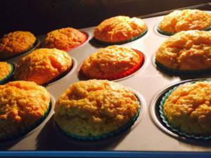 karotten-kokos-muffins, karotten kokos muffins, laktosefrei, muffins laktosefrei, muffins vegan, gesunde muffins, muffins gesund, rezept, muffins, gesund