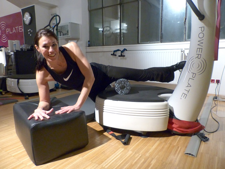 power plate, blackroll, wien, training, test, power resort, studio, muskeln, knochen, trendsport, kosmonauten, kraftplatte