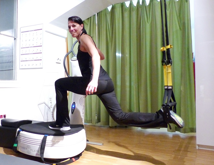 power plate, wien, training, test, power resort, studio, muskeln, knochen, trendsport, kosmonauten, kraftplatte, slingtrainer