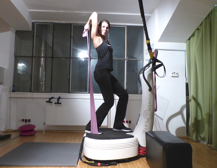 power plate, wien, training, test, power resort, studio, muskeln, knochen, trendsport, kosmonauten, kraftplatte, theraband