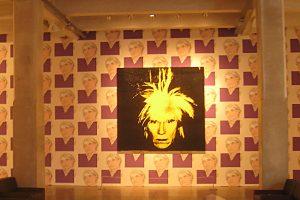 Sex, Drugs & Suppendosen: Das Vermächtnis des Andy Warhol