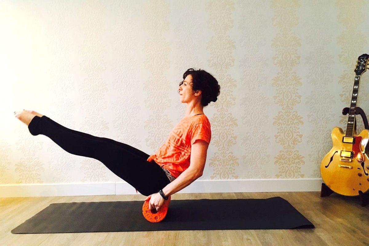 Auf die Faszien, fertig, los! Yin Yoga und Yoga mit Blackroll