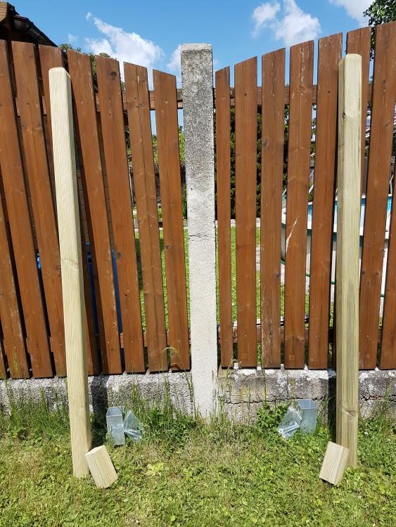 vertical garden bauen dachrinne erdbeeren material helden der freizeit. Black Bedroom Furniture Sets. Home Design Ideas