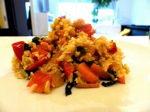 essen gegen heuschnupfen, essen, heuschnupfen, vegan, paprika-spinat-wok, paprika, spinat, wok, allergien, rezepte, rezept, gerichte, pollensaison, lebensmittel