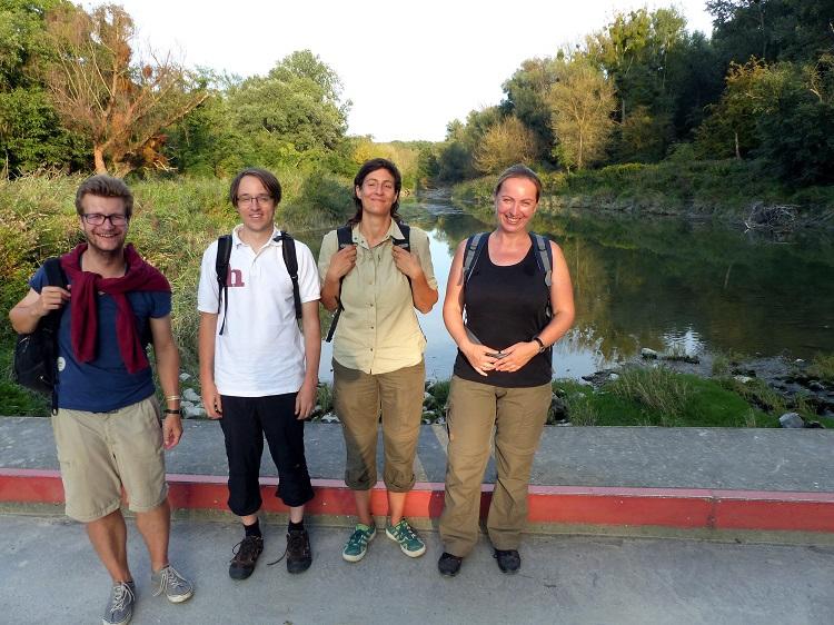 ranger, besucher, fledermauswanderung, nationalpark donau-auen