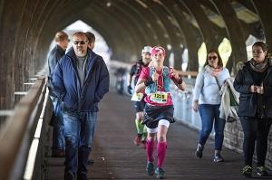 trail, marathon, innsbruck, trail-run, sabrina rath, brücke, lauf