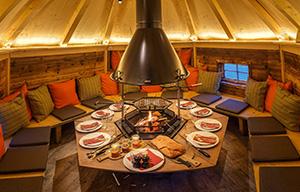 Feuerdorf, Grillen, Essen, Menüs, Tisch, Hütte