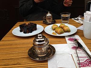 Istanbul, Essen, Restaurant, Tipps, Restaurant-Tipps, Naschkatze, Süßspeisen, baklava, schokotörtchen