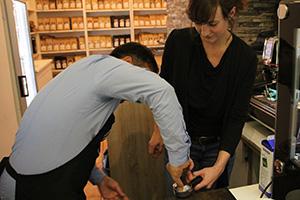 Kaffeezubereitung, Tipps, Habib Ghulamsakhi, Kaffeepulver, pressen