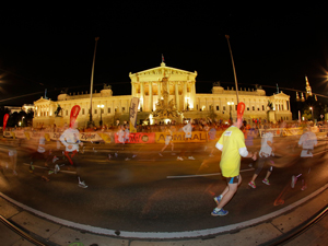 vienna night run, 2016, Teilnehmer, Läufer, Ring, Parlament, Wien, Strecke