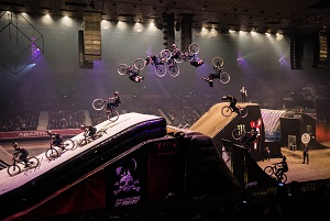 bienvenido aguado, aguado, masters of dirt, trick, mtb, mountainbike, double frontflip, no hander, stars