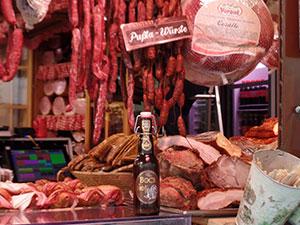 weihnachtsmarkt am hof, test, check, am hof, weihnachtsmarkt, bockbier, würstel