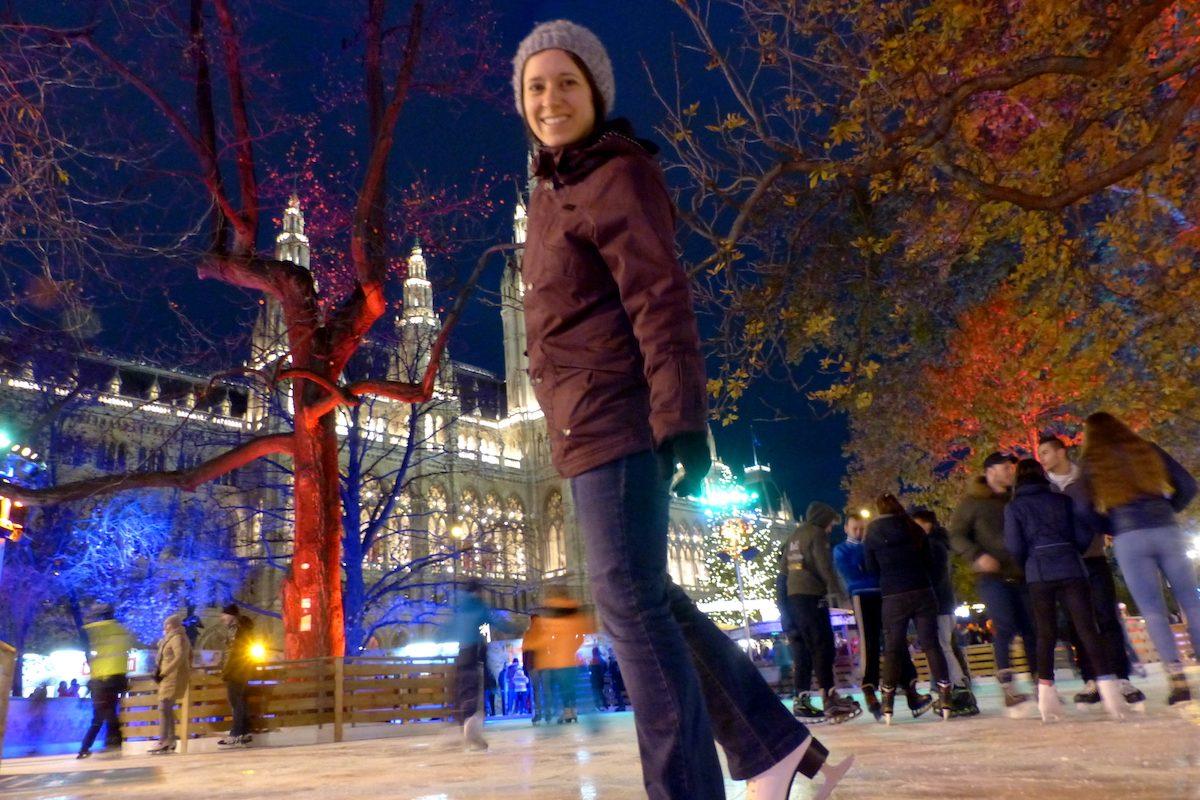 Wiener Eistraum 2018: Eislaufen am schönsten Outdoor-Platz Wiens!