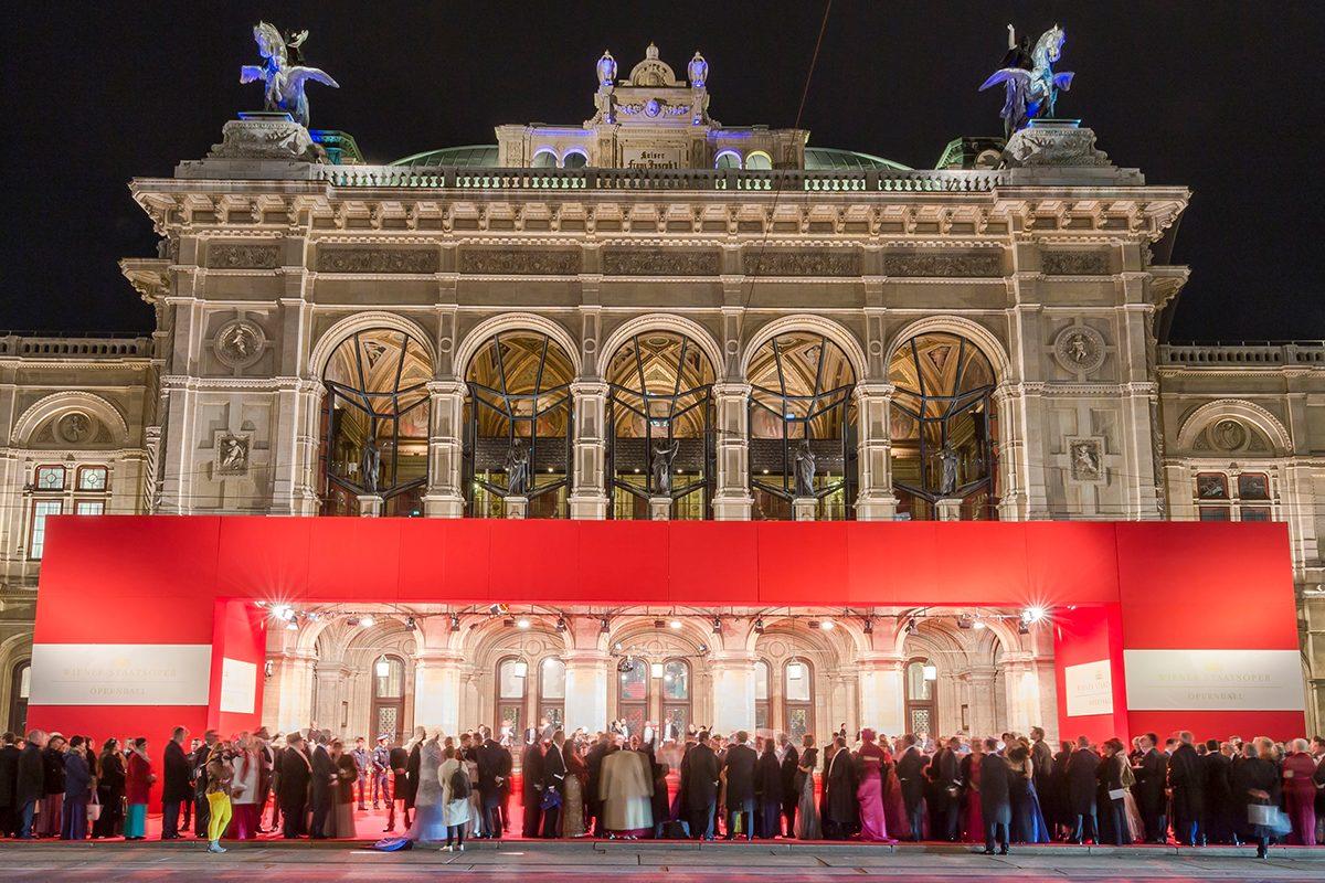 Opernball 2018: Prunk, Preise, Promis – die Superlative zum Spektakel