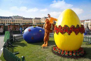 Ostermarkt Schönbrunn in Wien: Eier, Handwerk und Roberta