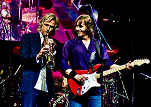 The Dire Straits Experience, Dire Straits, Konzert, Stadthalle, Wien, Bühne, Terence Reis, Chris White