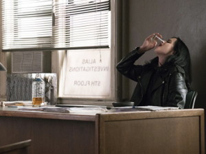 jessica jones, kritik, krysten ritter, staffel 2, review, whiskey