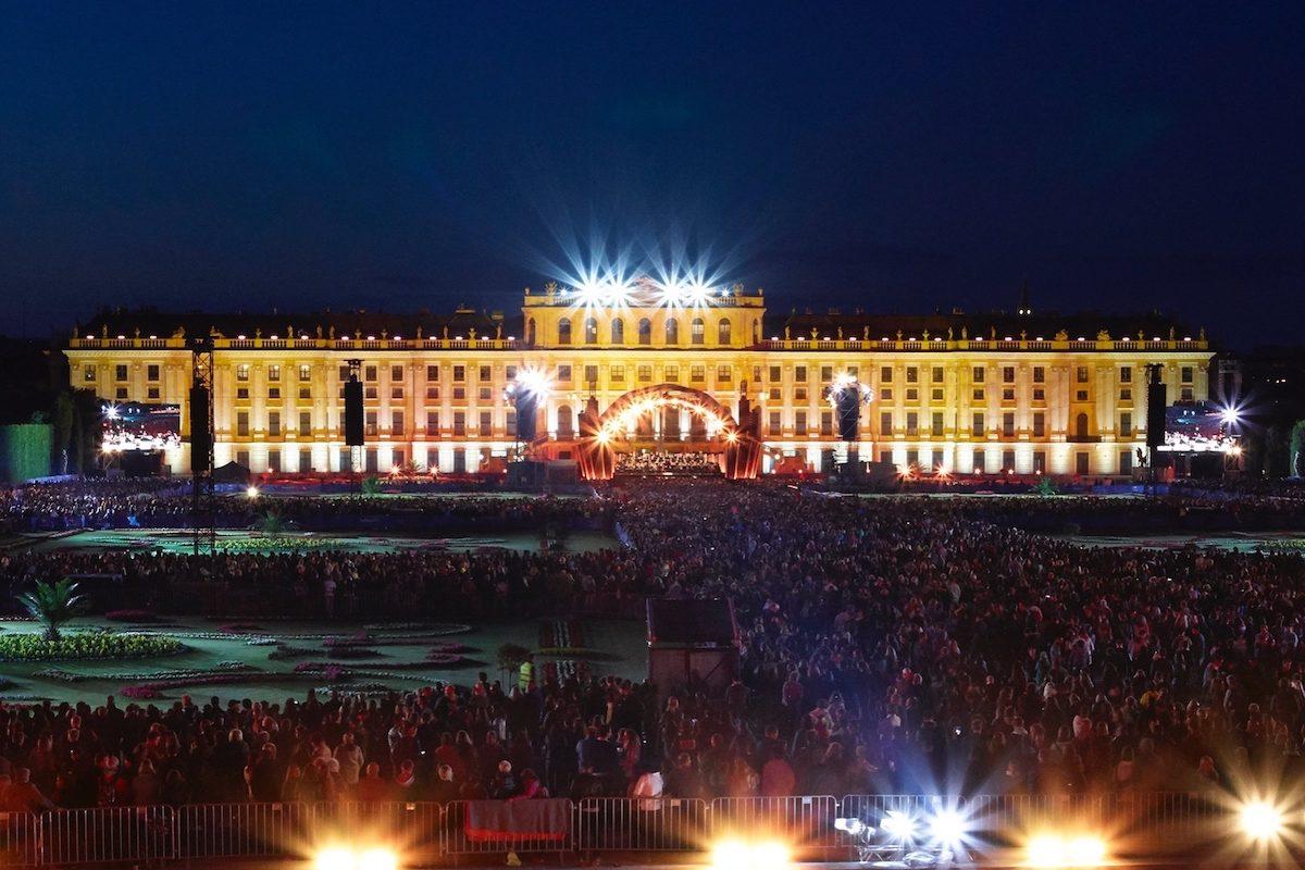 Sommernachtskonzert 2018 – Anna Netrebko singt in Schönbrunn