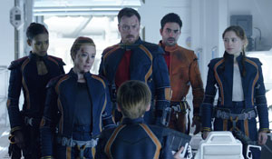 lost in space, familie robinson, judy, maureen, john, will, penny, netflix