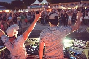 Kronehit, Seebuehne, DJ, Musik, Surf Worldcup, Neusiedl, Party