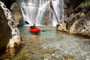 Packrafting-Test in der Steiermark: Ein Alligator in der Salza