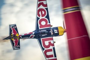Red Bull Air Race – alles zur irren Show in Wiener Neustadt