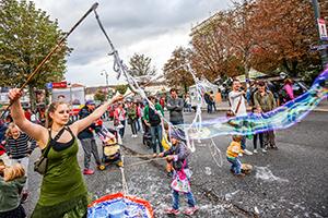 streetlife festival, seifenblasen, wien, mariahilfer straße
