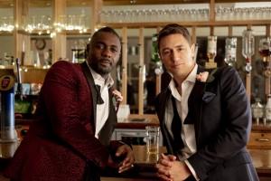 Idris Elba, JJ Feild, Charlie, David, Hochzeit, Anzüge, Bar, Getränke