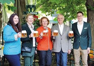 schweizerhaus, eroeffnung, bier, krügerl, familie kolarik, gastgarten