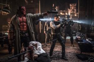 Hellboy, Call of Darkness, Waffen, Blut, Leichen, Teppich, Schießerei