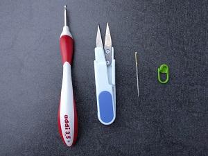 Häkelwerkzeug, Häkelnadel, Nadel, Schere, Maschenmarkierer