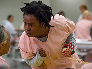 orange is the new black. staffel 7, crazy eyes, suzanne,, uzo aduba