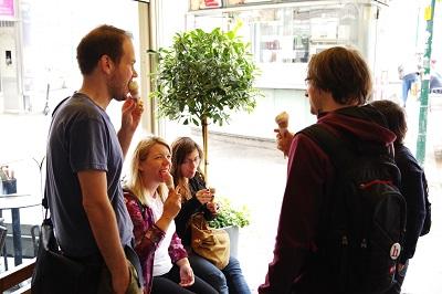 helden der freizeit, eis, eisverkostung, wien, eissalon am schwedenplatz