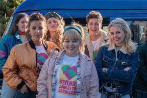 Derry Girls Staffel 2: Bittersüßes, spaßiges Wiedersehen mit der Gang