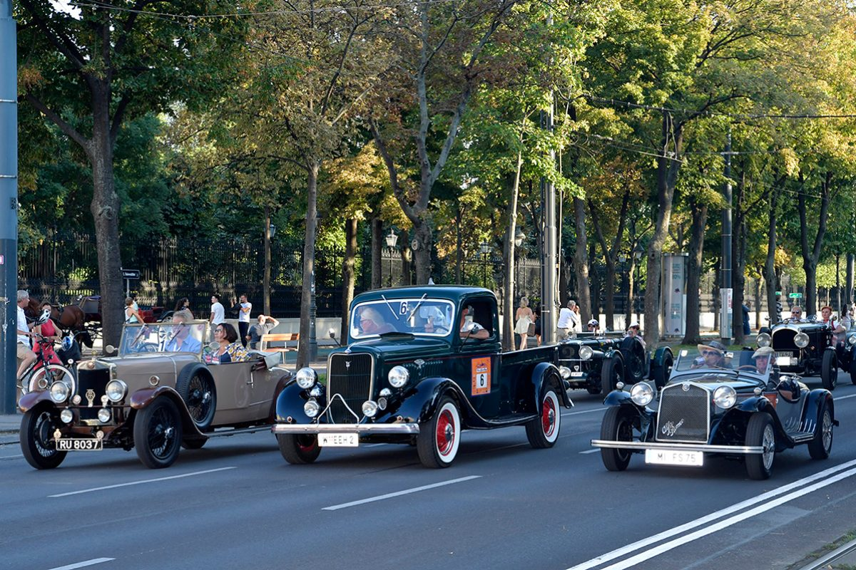 Vienna Classic Days 2019 – große Oldtimer-Schau mitten in Wien