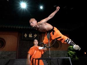 Shaolin Kung Fu, Show, Tour, Speer