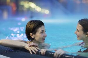 therme wien, valentinstag 2020, deals, ermässigung, wellness, sauna, pool,