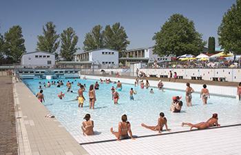 laaerbergbad, wellenbecken, sommer, wien