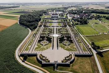 Barockgarten Schloss Hof, Drohnenaufnahme