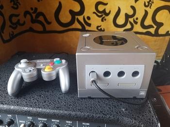 Nintendo Gamecube, Konsole, Controller