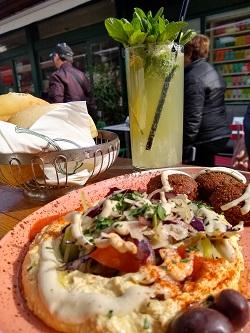 Falaffel mit Humus, Tewa am Naschmarkt, Limonana