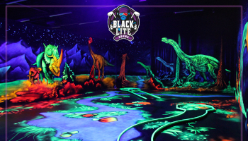 blacklite arena, donaustadt, 1220, schwarzlicht, indoor, minigolf, preise,