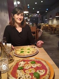 Essen in der Pizzeria Vero
