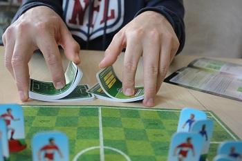 Fußball Duell, Karten, Spielfeld, Spielfiguren