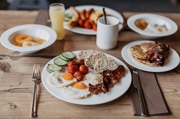 Frühstück im JUFA Annaberg