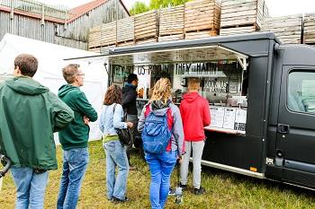 Warapstars Food-Truck beim ADAMAH BioHof-Fest